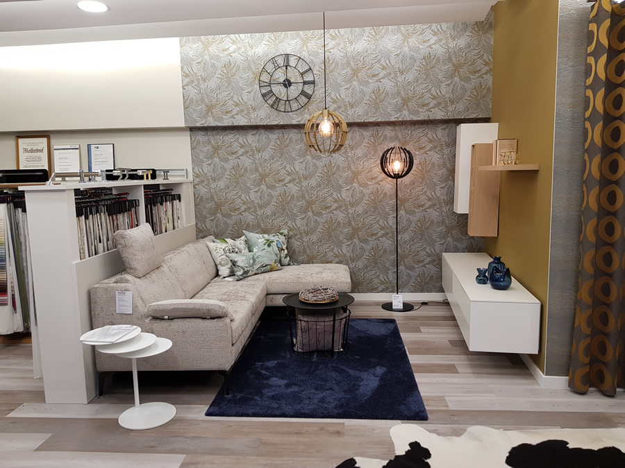 Ausstellung Fischer Werther Sofa